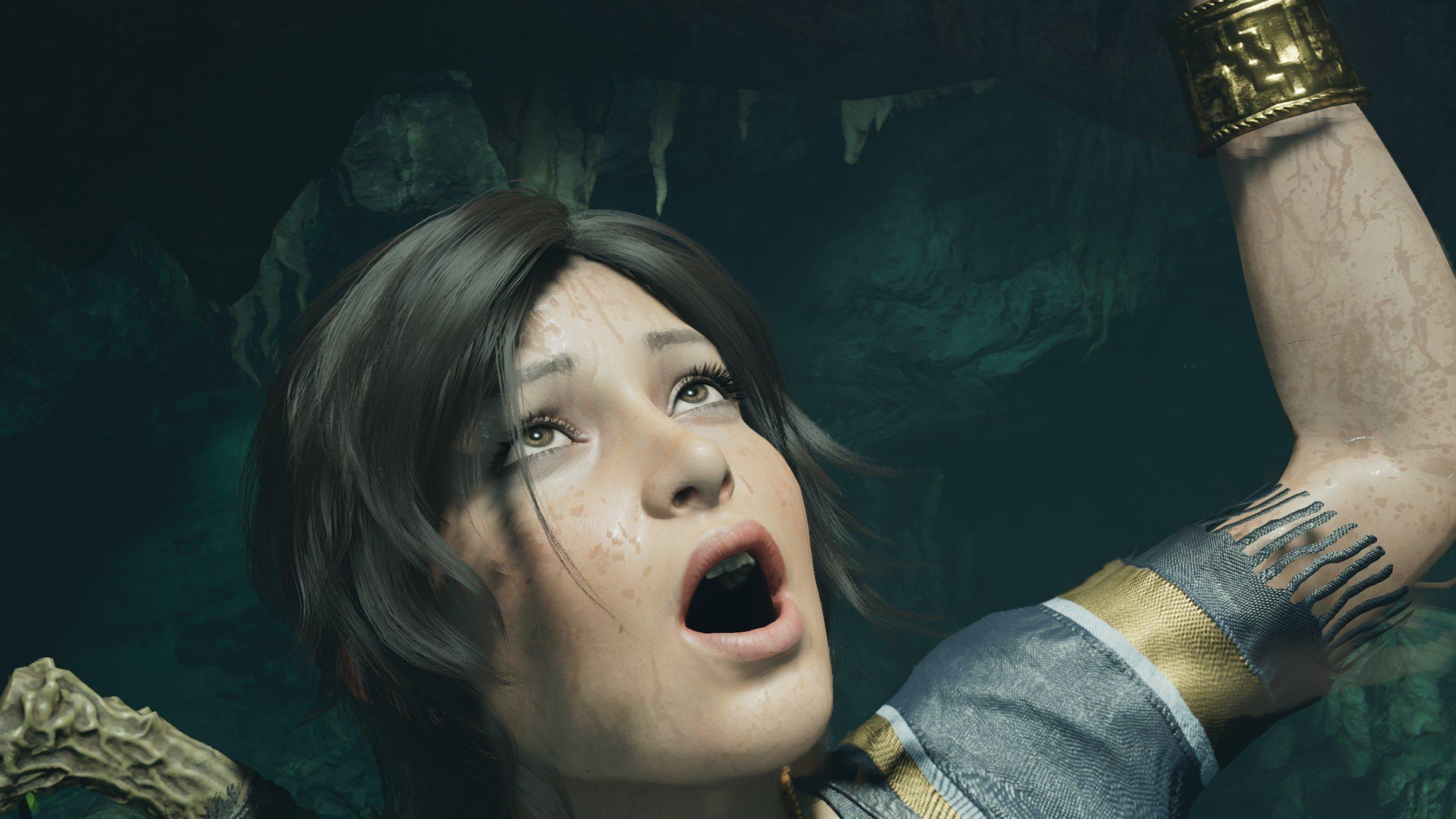 Tomb Raider Lara Hang Out