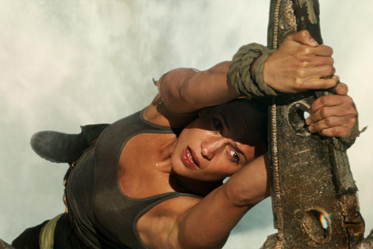 Tomb Raider Lara Hang Out - Episode 1